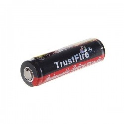 Trustfire TF 14500 button top 900mAh battery with PCB