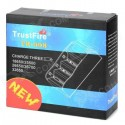 TrustFire TR-008 Inteligent Charger