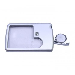 1 LED Magnifier with lighting of viewed perimeter